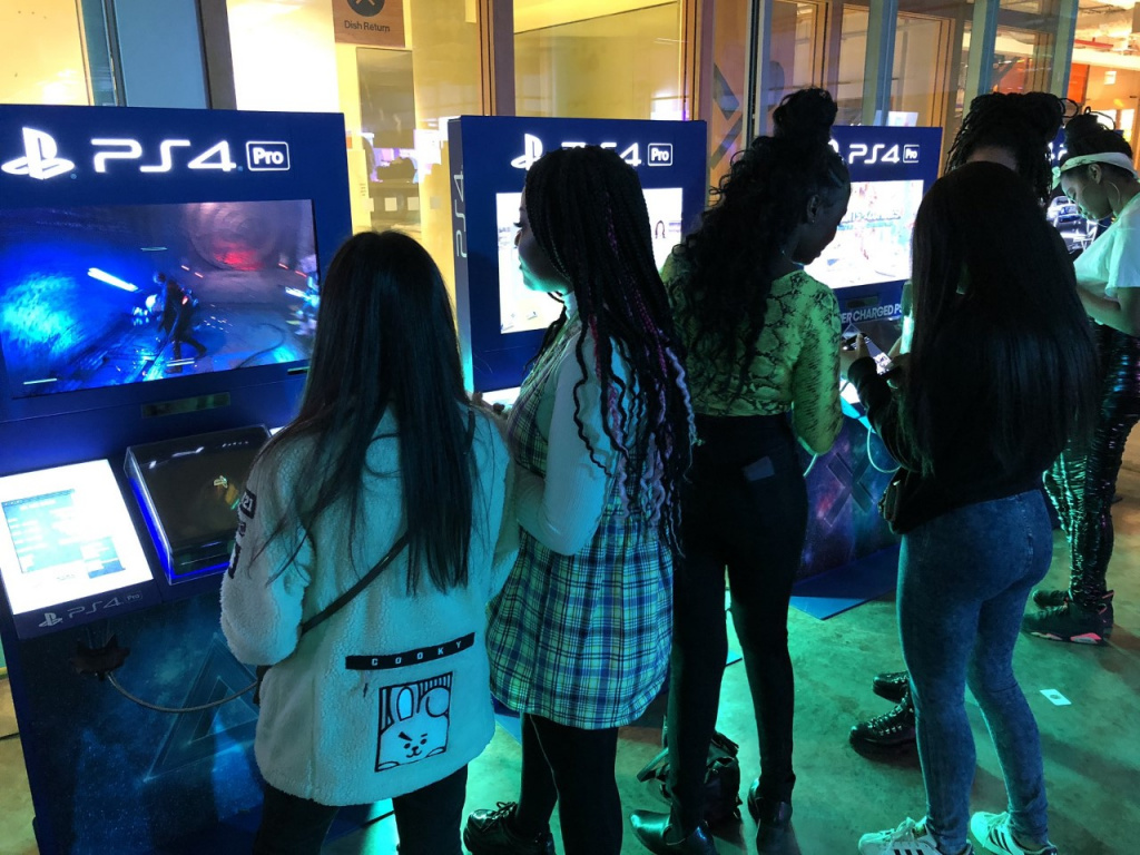 Black Girl Gamers And Nnesaga Female Gamers Feel Like They Re Isolated In The Games Industry